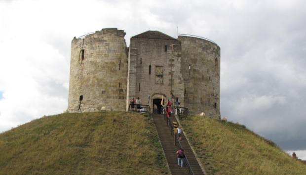 Cliffords Tower, the scene of Aske's execution in 1537