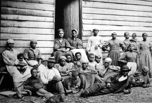 Escaped slaves, Cumberland Landing, Va., May 1862.