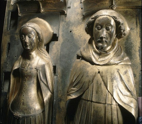 Gilt-bronze tomb effigies of King Richard II and his Queen, Anne of Bohemia, in Westminster Abbey. The effigies were made after Anne's death in 1395 by Nicholas Broker and Godfrey Prest. | Location: Henry VII's chapel, Westminster Abbey, London / Corbis