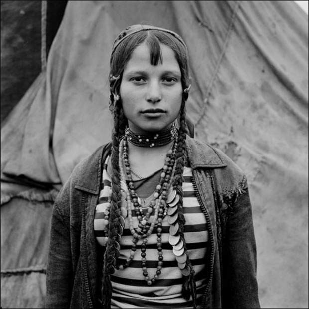 Gypsy girl from Romania, photo by Jeremy Sutton-Hibbert