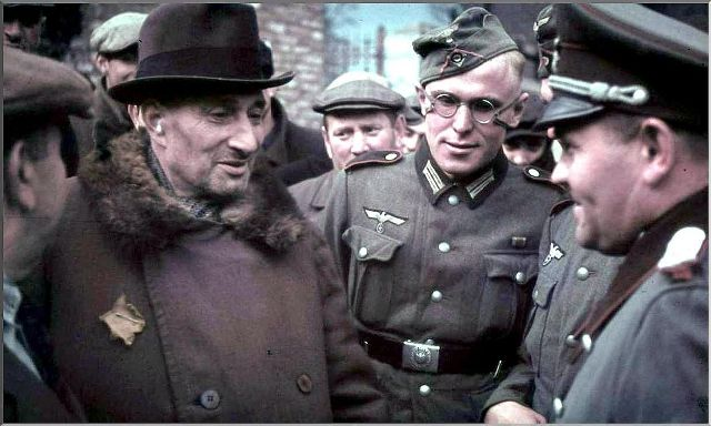 Nazi Germany soldiers with Poland Jews
