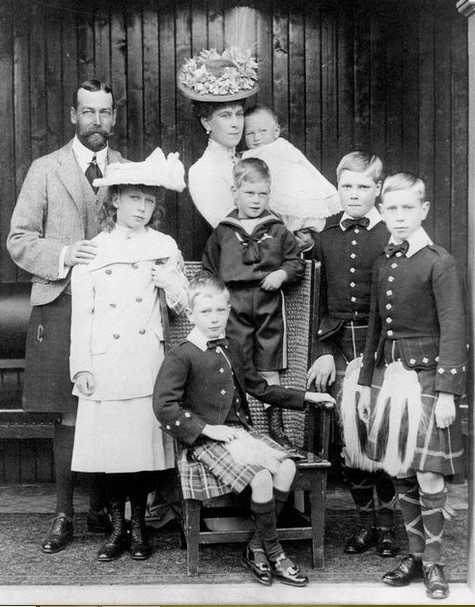 King George V & Queen Mary with their six children